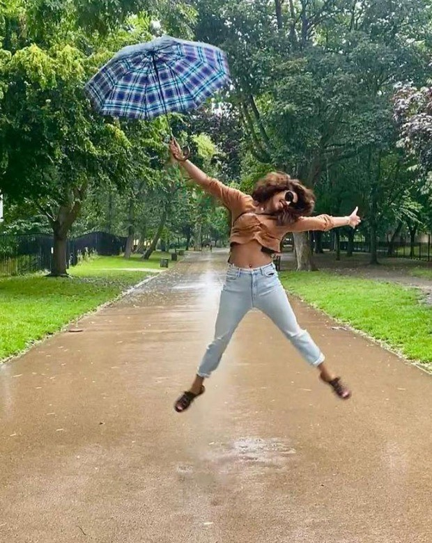 Priyanka Chopra Jonas posts snaps with her best friends making the best use of the London summer (1)