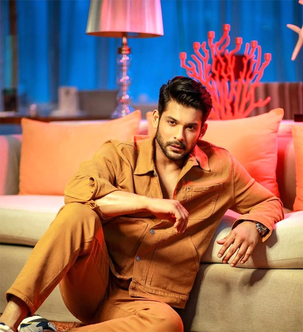 Sidharth Shukla looks dapper in monotone look in these latest photos