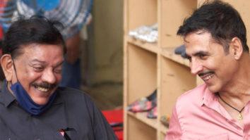 Akshay Kumar shares BTS picture with Bhool Bhulaiyaa director Priyadarshan; fans ask for Hera Pheri 3 update