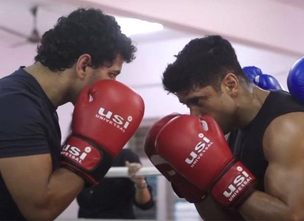 Here's how Farhan Akhtar transformed into Toofaan's Aziz Ali; watch