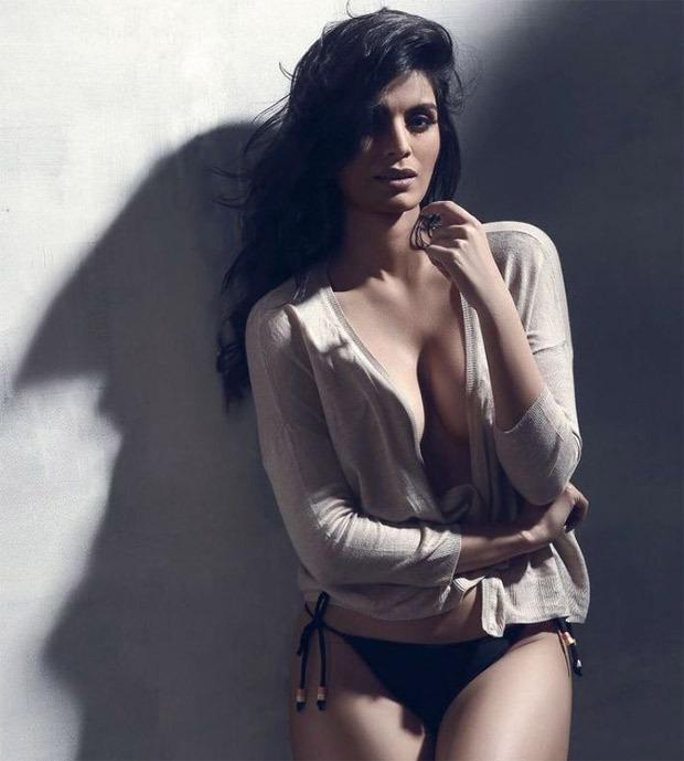 PICS: Sonali Raut looks alluring in an all-black bikini