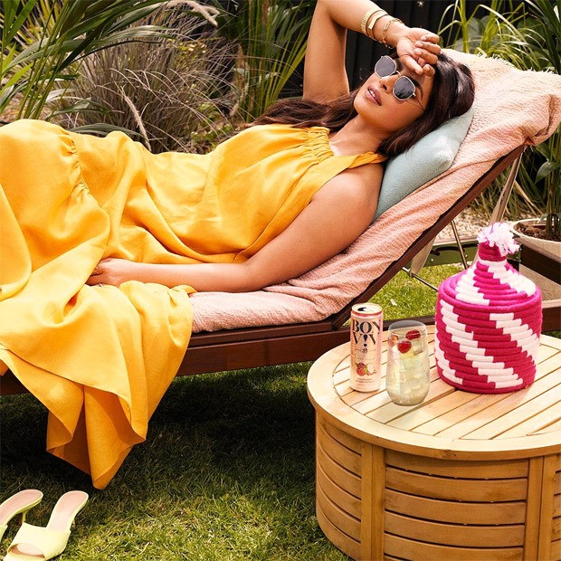 COLOUR OF THE WEEK: YELLOW - Priyanka Chopra, Samantha Akkineni, Mithila Palkar shine bright