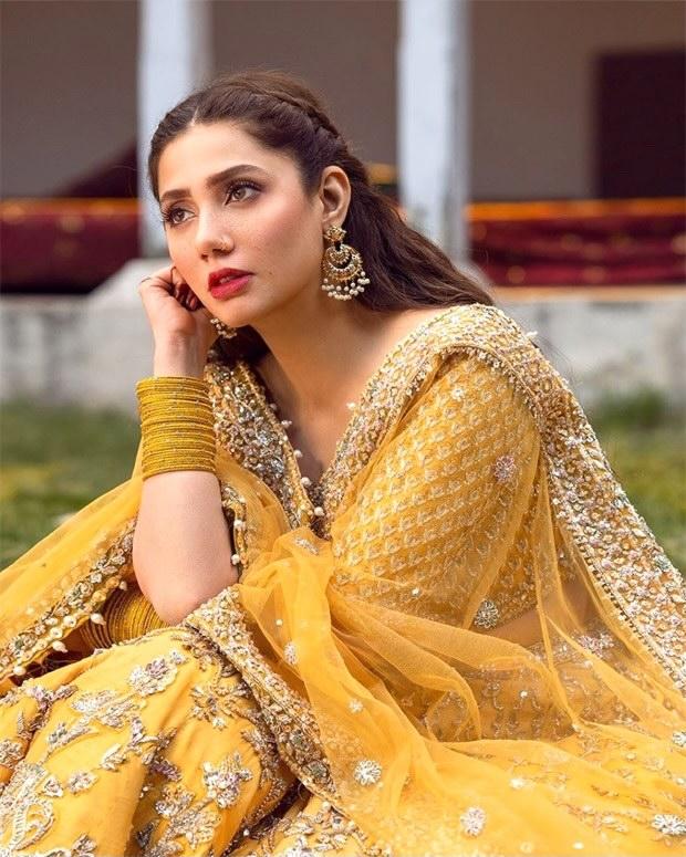Mahira Khan gleams in abundant charm in embroidered yellow lehenga worth Rs.2 lakh