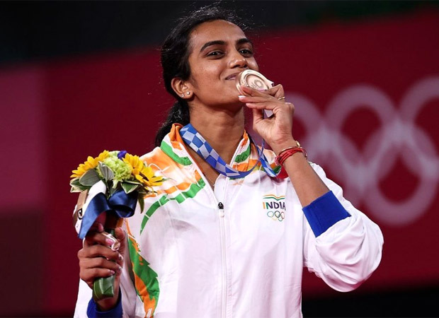 PV Sindhu wins bronze medal in Badminton at Tokyo Olympics 2020; Indian celebs lauds her victory