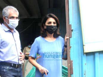 Photos: Alia Bhatt and Neetu Kapoor snapped at Krishna Raj's bungalow