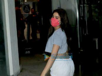 Photos: Janhvi Kapoor snapped at gym in Bandra