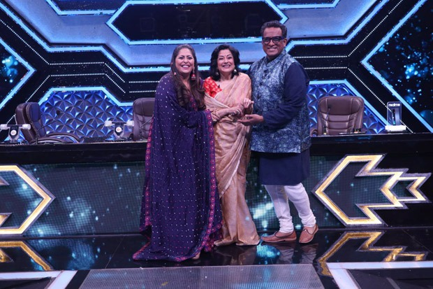 Sonali Bendre and Moushumi Chatterjee Super Dancer - Chapter 4.  will grace the set of
