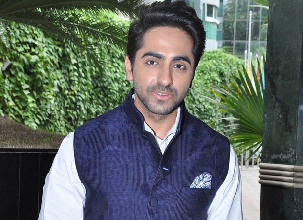Ayushmann Khurrana's birthday celebrations: From slicing the cake to singing 'Yeh Dil Deewana', there's a lot to do. Watch videos