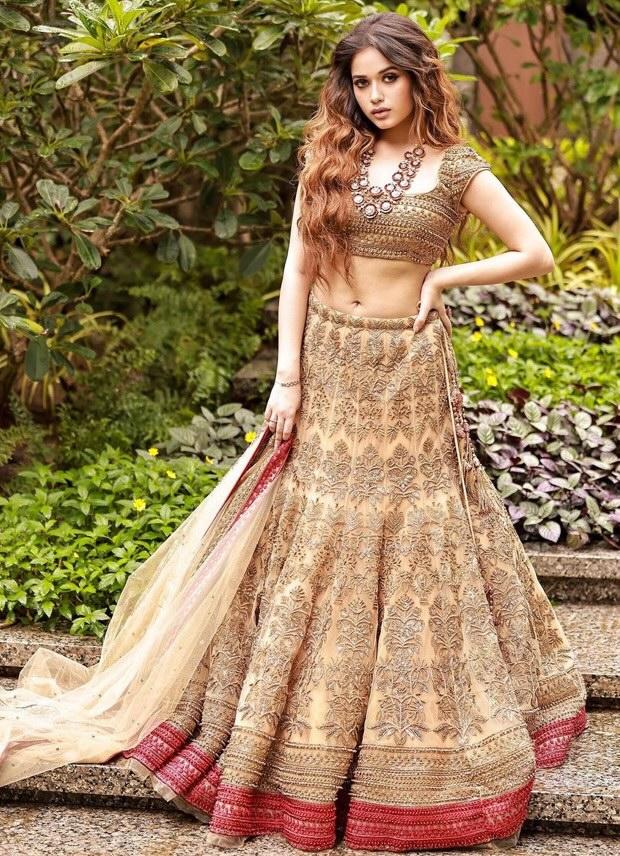 Jannat Zubair looks breathtaking in an embellished lehenga
