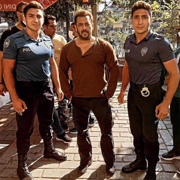 LEAKED PICS: Salman Khan and Katrina Kaif reach Austria for last schedule of Tiger 3