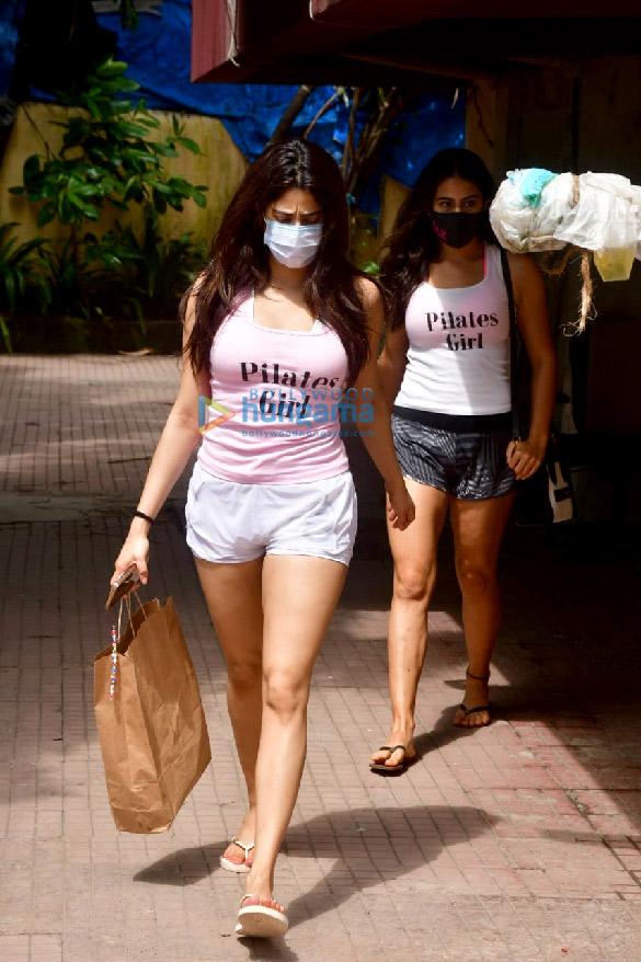 Photos: Sara Ali Khan and Janhvi Kapoor spotted at Pilates