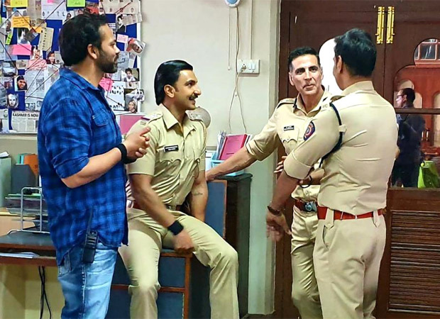 IPS officer points out an error in picture from the sets of Sooryavanshi; Akshay Kumar clarifies