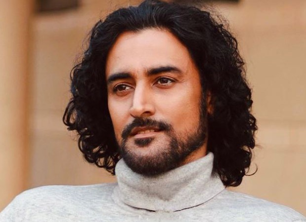 Kunal Kapoor represents India at The Tashkent International Film Festival along with other Bollywood actors